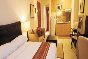 CROWN REGENCY SUITES MACTAN 1 bed suite room